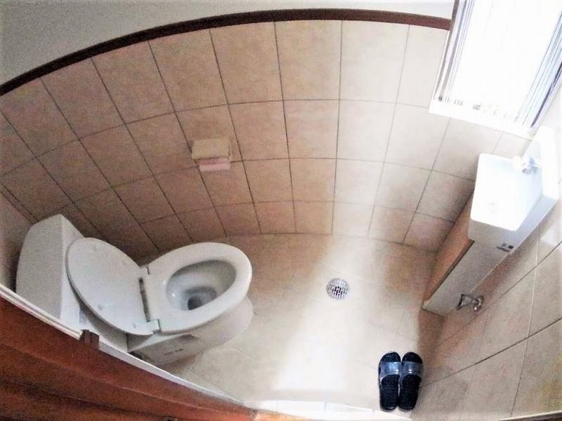 便器・便座・手洗い器取替え、床タイル・壁クロス張り