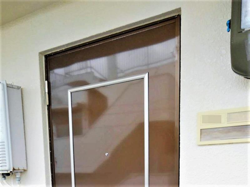 外構リフォーム ビフォーアフター〈玄関ドア〉 After写真