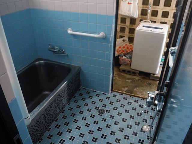 浴室入り口 Before写真