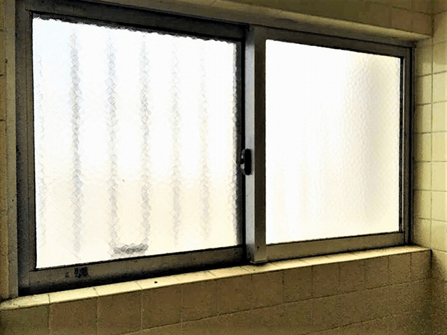 窓 Before写真