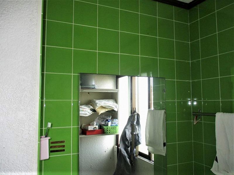 洗面台リフォーム ビフォーアフター〈ミラー〉 Before写真