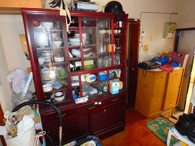 食器棚 Before写真