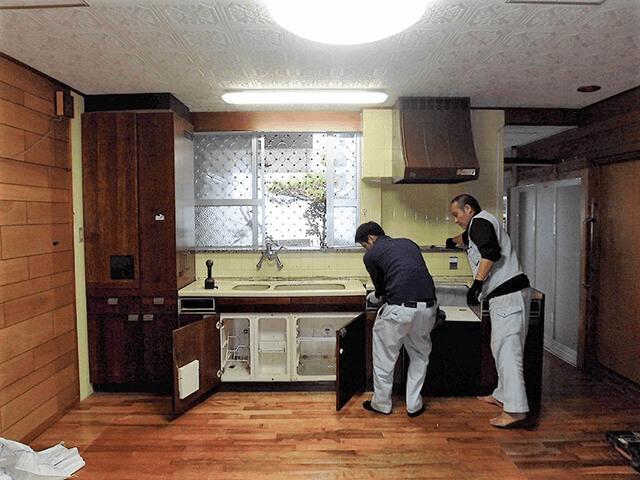 既存キッチン解体・撤去