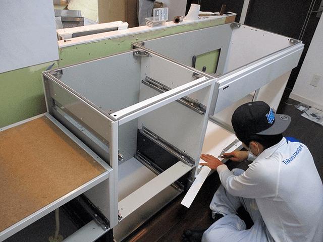【3】システムキッチン組み立て作業