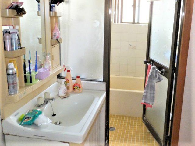 洗面化粧台側面 Before写真
