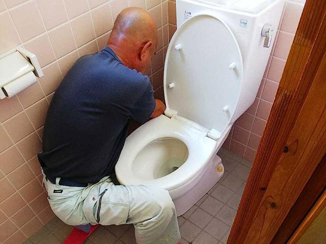 既設トイレ解体撤去