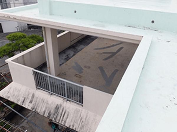 外壁塗装リフォーム ビフォーアフター〈バルコニー〉 Before写真