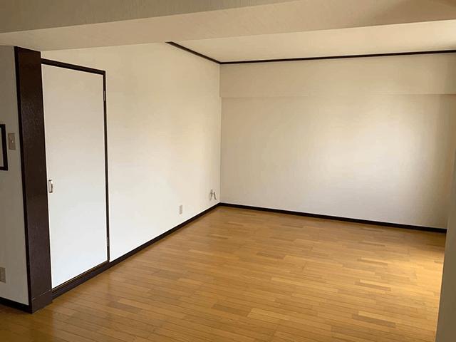 床張替え、壁・天井クロス張替え、トイレ・洗面化粧台・システムバス取替え、和室改装