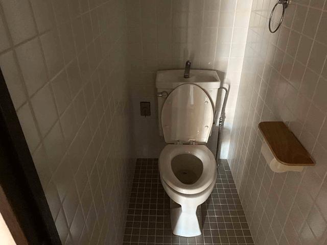 全面リフォーム ビフォーアフター〈トイレ〉 Before写真
