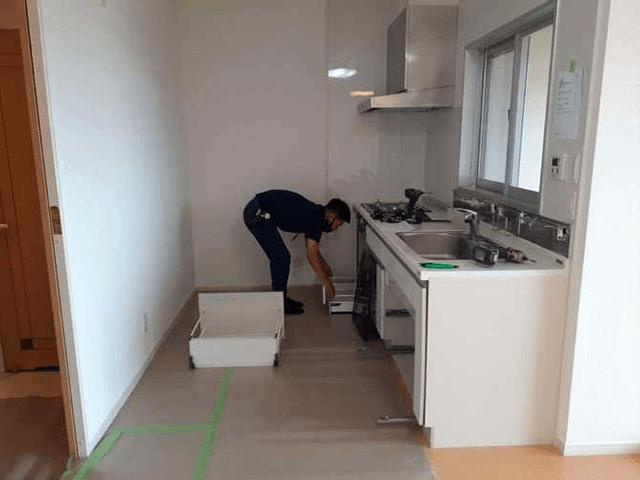 【2】キッチン解体・撤去作業