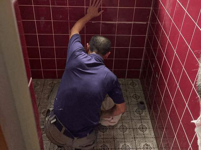 【4】既存洗面化粧台下台解体撤去工事