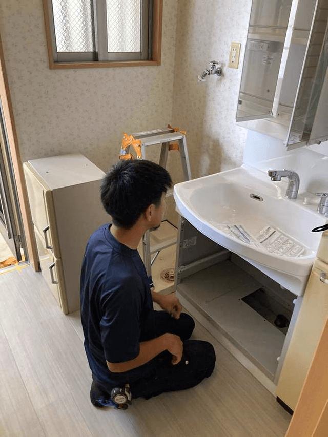 【5】床張替え、洗面化粧台設置工事