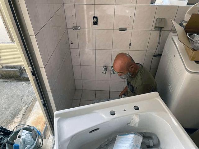 【1】既存洗面化粧台解体撤去工事