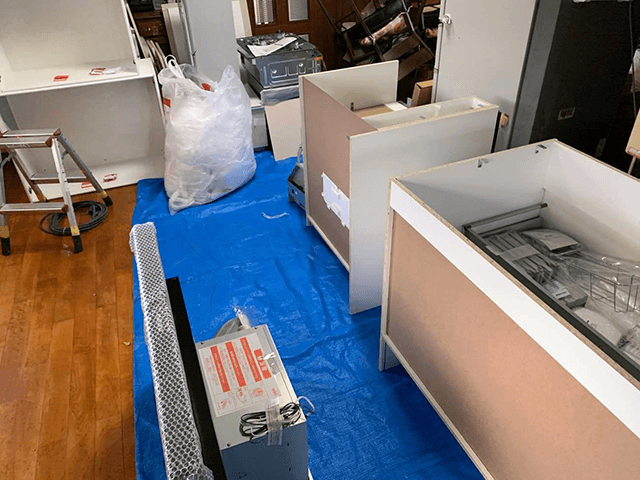 【4】システムキッチン搬入