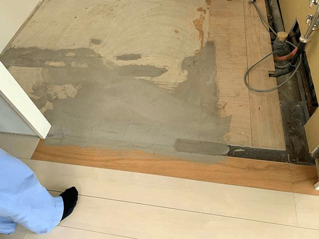 【6】床補修工事