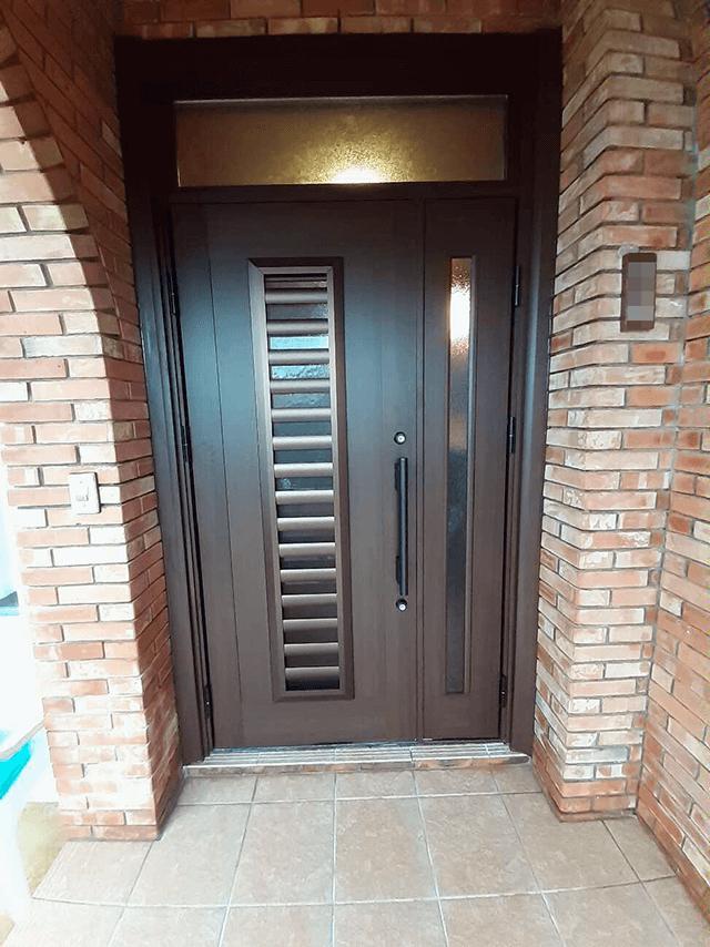玄関 After写真
