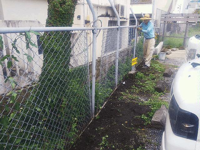 【1】既設フェンス・ブロック撤去