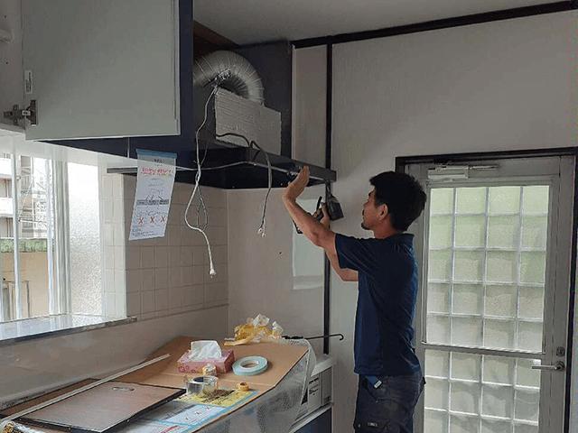 システムキッチン組立設置工事